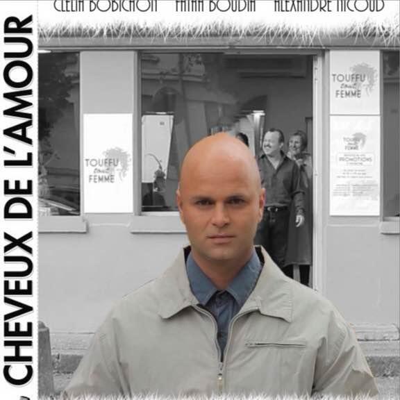 Court métrage Cheveu de l'amour de Collectif issu du jury Adultes du festival Un poing c'est court 2012 (2014)
