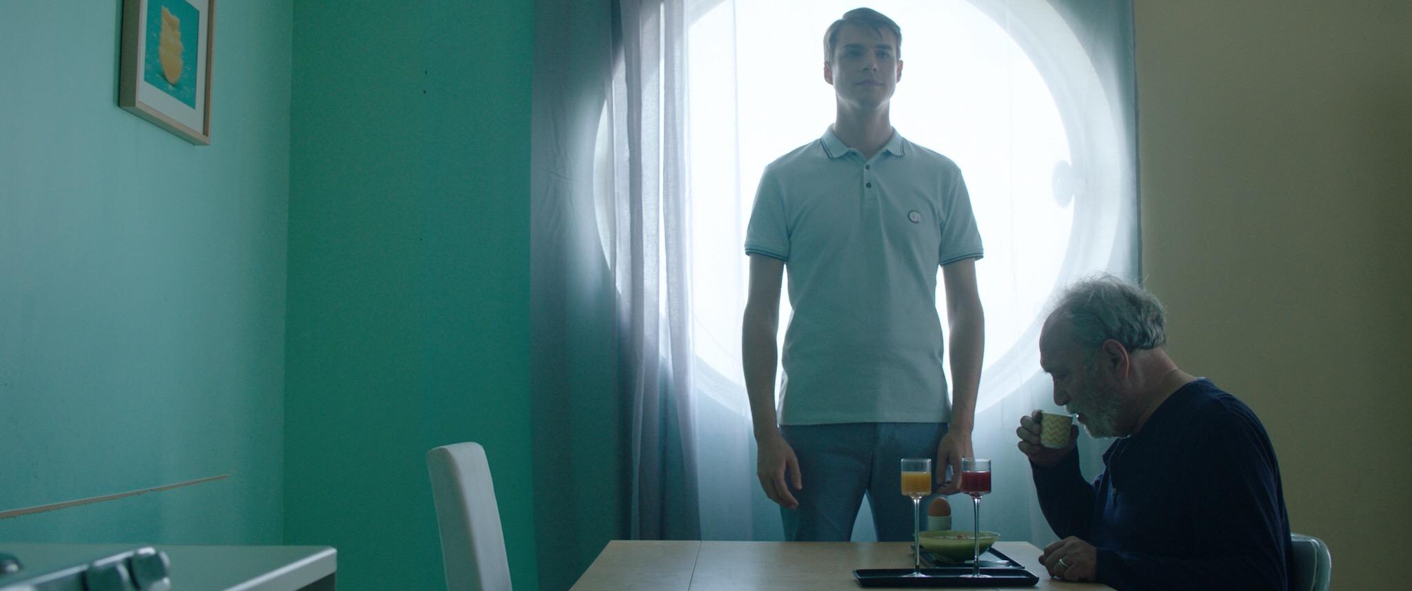 Court métrage JE VEILLE SUR TOI de Janek Tarkowski (2019)